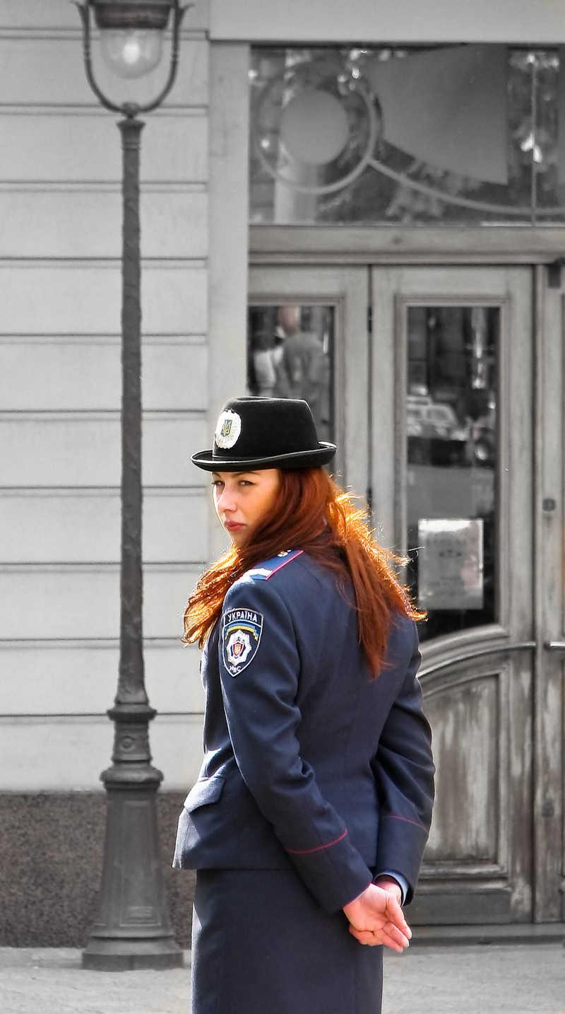 Фото женщин в милицейской форме 7 фотография